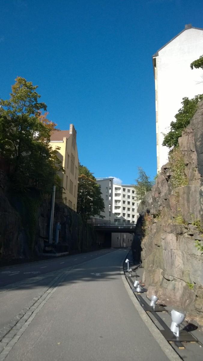 Kalliosta taloja